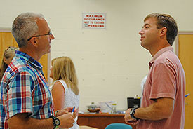 teachers discuss the science curriculum