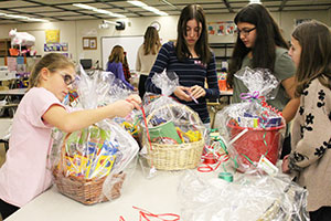 """WVMS - """"Crayons for Chemo"""" effort"""