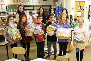 "MS Leadership Club assembles baskets for ""Coloring for Chemo"" donation"