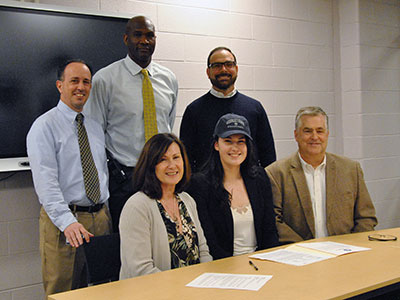Warwick HS student-athlete, Hannah Hamling will play volleyball for Georgetown University