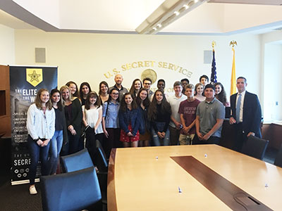 WVHS Leadership Academy students visit with Secret Service agent