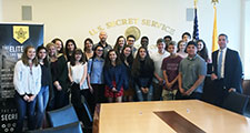 HS Leadership Academy students visit with Secret Service agent