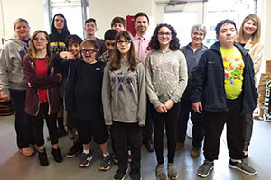 MS Gold Team student-scientists visited the HS greenhouse